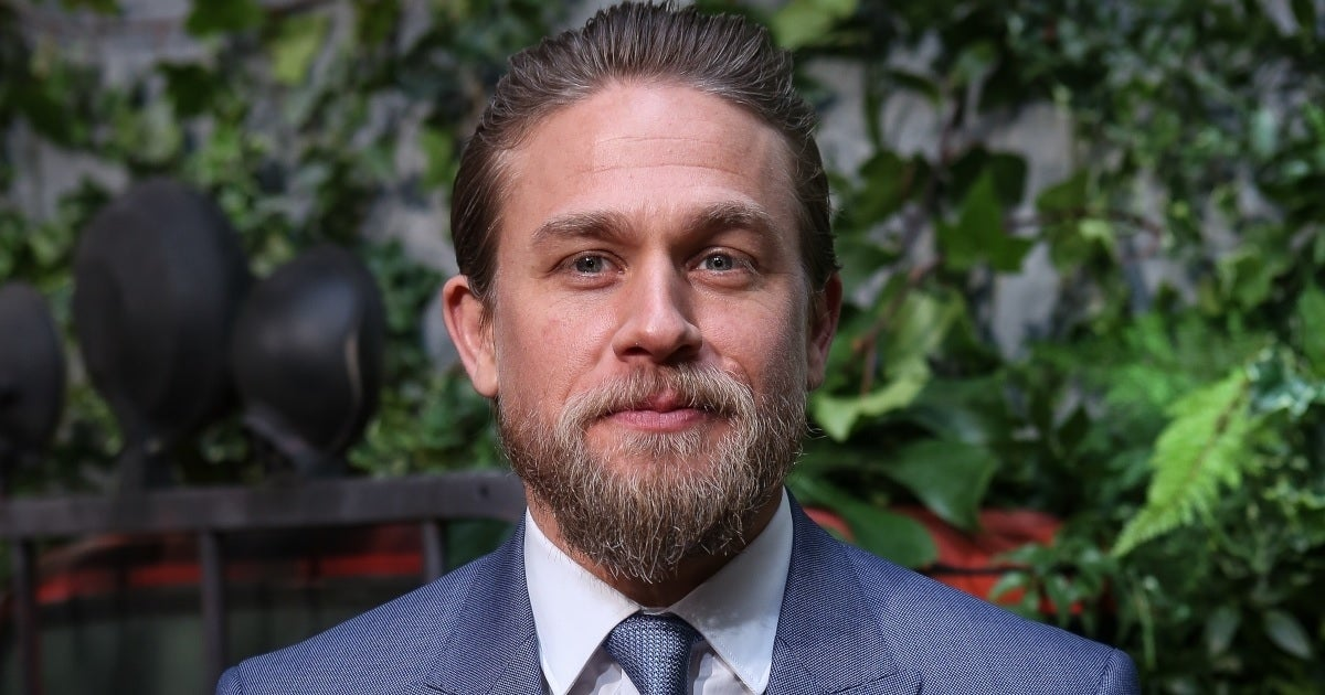 charlie hunnam getty images