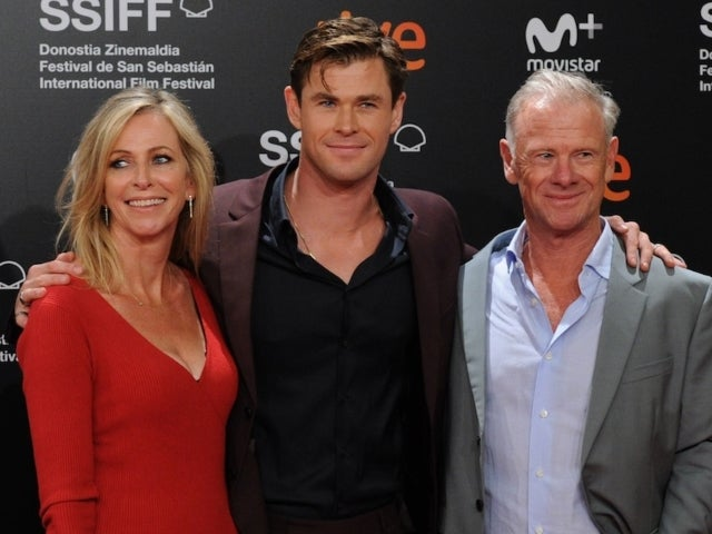 Chris Hemsworth's Fans Pleasantly Confuse Mother Leonie for Younger Sister in Photos From 60th Birthday