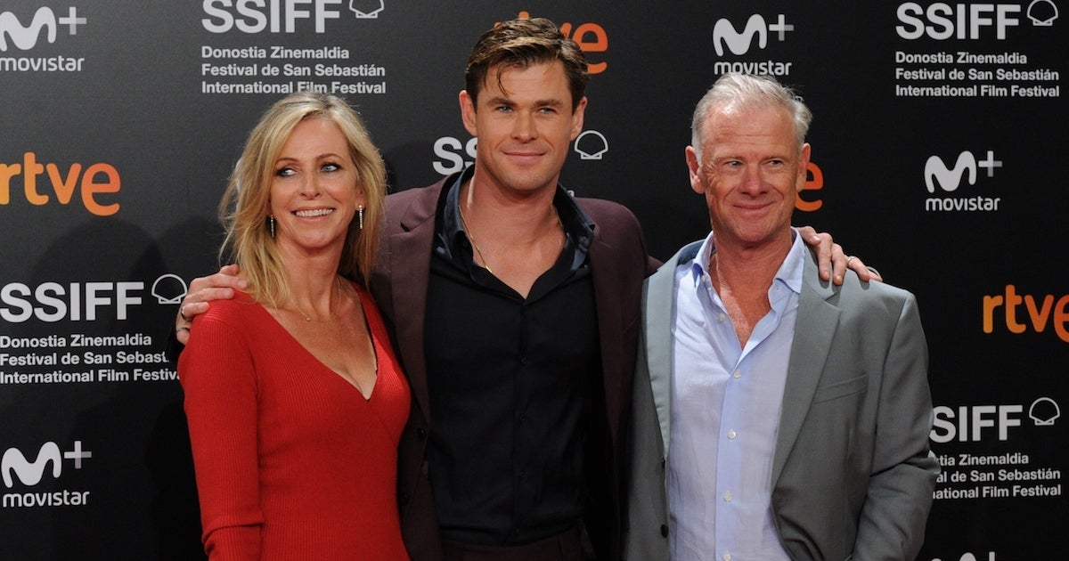 Chris Hemsworth parents
