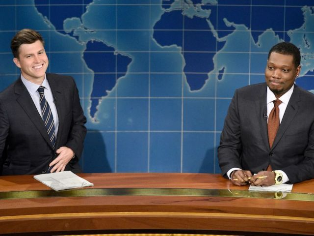 Colin Jost's 'SNL' Partner Michael Che Reacts to Scarlett Johansson's Pregnancy News