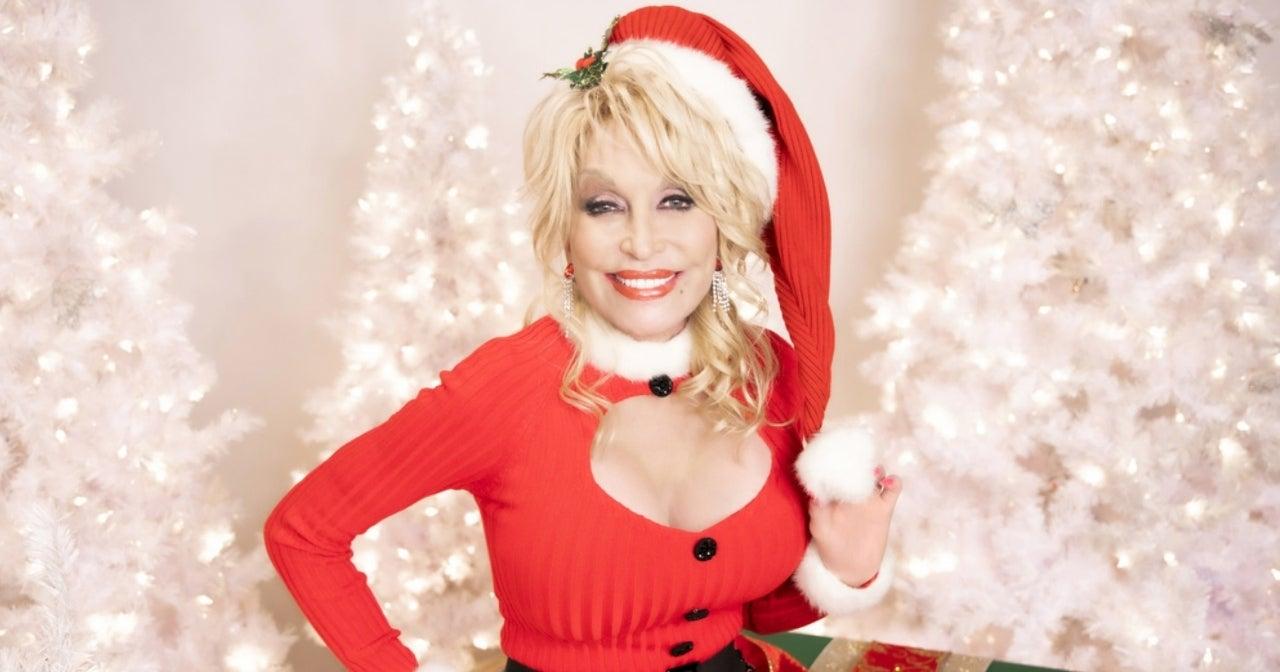 dolly-parton-holly-dolly-christmas-cbs