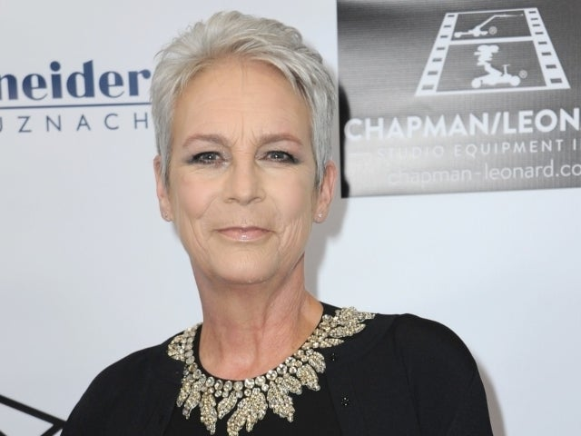 'Halloween' Star Jamie Lee Curtis Officiates Wedding for Terminally Ill Fan Hours Before Their Passing