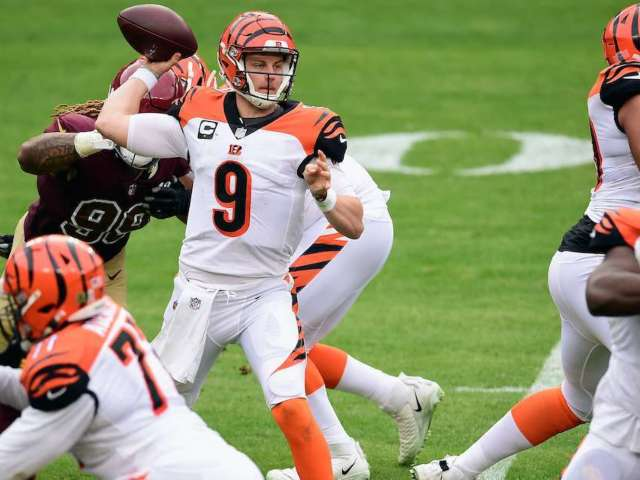 Bengals QB Joe Burrow Carted off After Knee Injury, Immediately Ruled Out