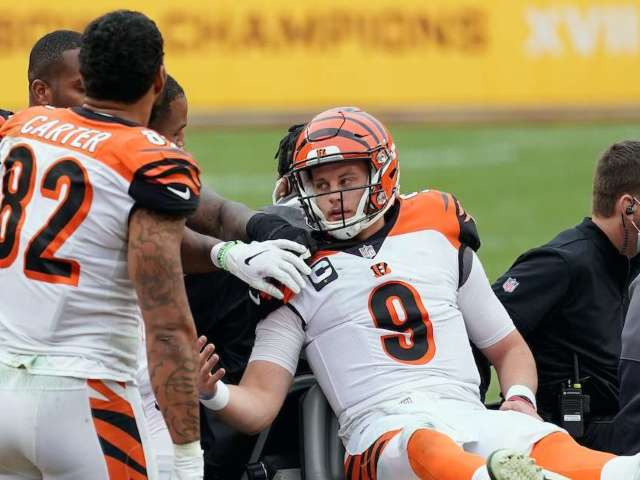 Bengals QB Joe Burrow Tears ACL, Is out for the Season