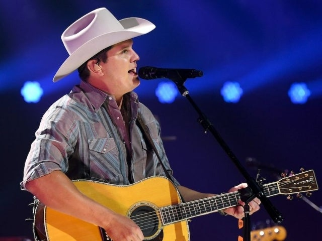 Jon Pardi 'Happy' to Honor Joe Diffie During CMA Awards