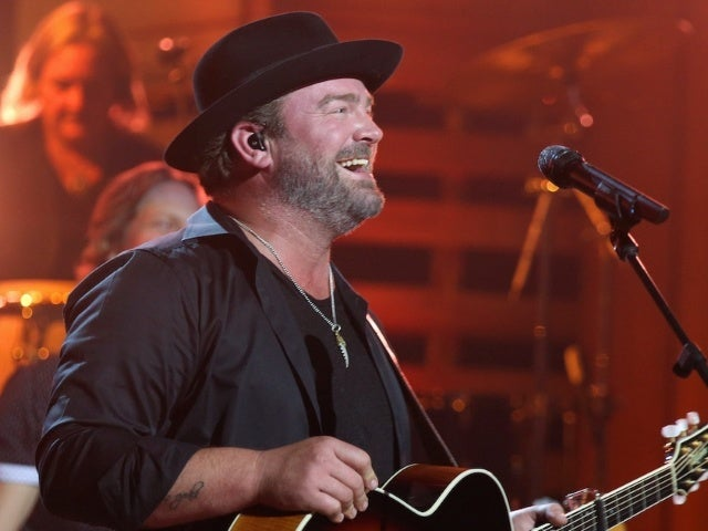Lee Brice Wants to 'Push the Boundaries' With New Album 'Hey World' (Exclusive)