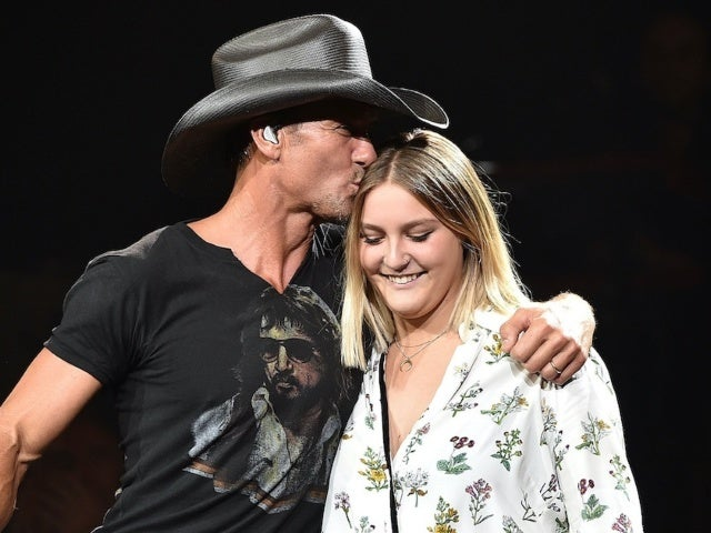 Tim McGraw and Faith Hill's Daughter Gracie Performs 'Wicked' Cover