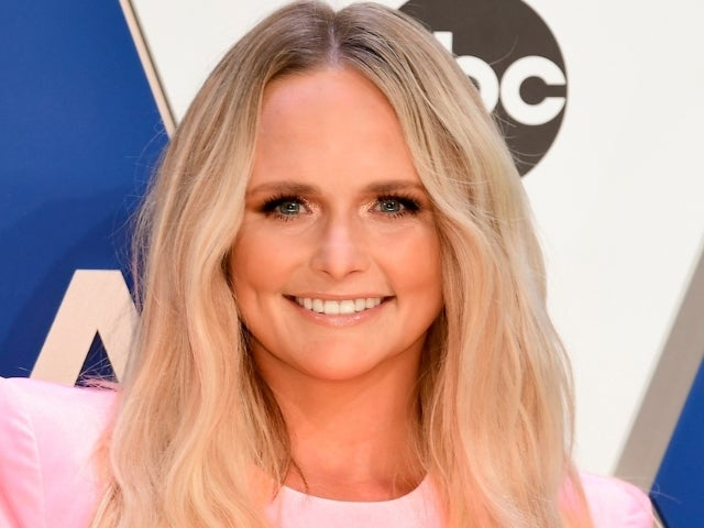 Miranda Lambert Brought Her Own Cooler to the CMA Awards