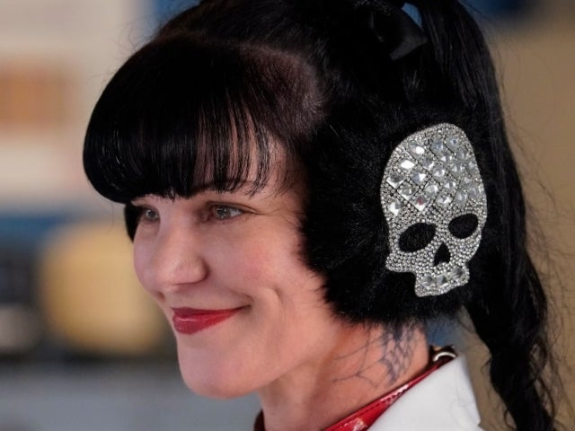 'NCIS' Alum Pauley Perrette Says She's 'Retired,' and Fans Are Reaching Out