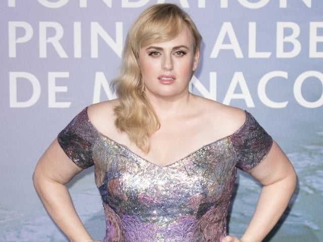 Rebel Wilson Shows off 61-Pound Weight Loss While Skating in New York