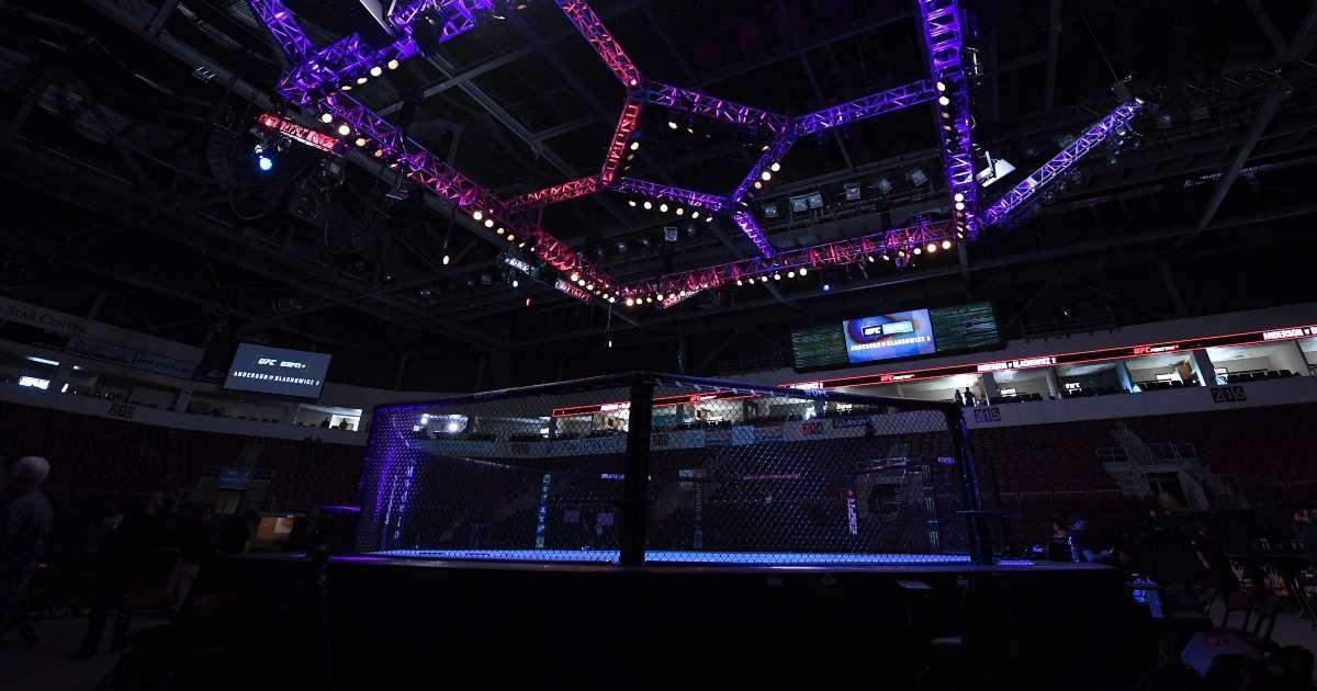Sidy Rocha MMA fight breaks arms match Karine Silva