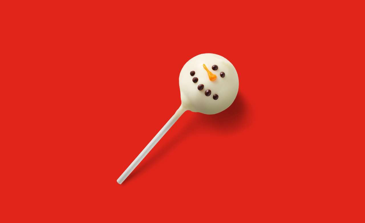 Starbucks-Holiday-Snowman-Cake-Pop