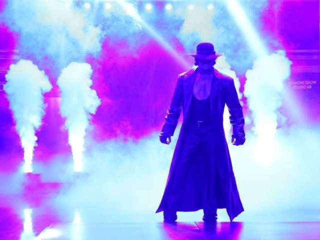 Undertaker's WWE Sendoff Sparks Coronavirus Concerns
