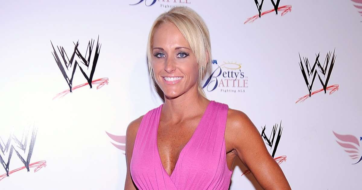 Undtertaker wife Michelle McCool reacts feature people sexiest man alive