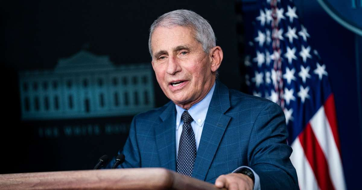 Anthony Fauci NFL stadiums could be full in September