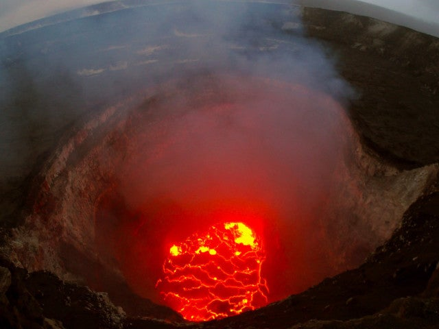 Volcano Erupts Unexpectedly on Hawaii's Big Island Just Before Overnight Earthquake