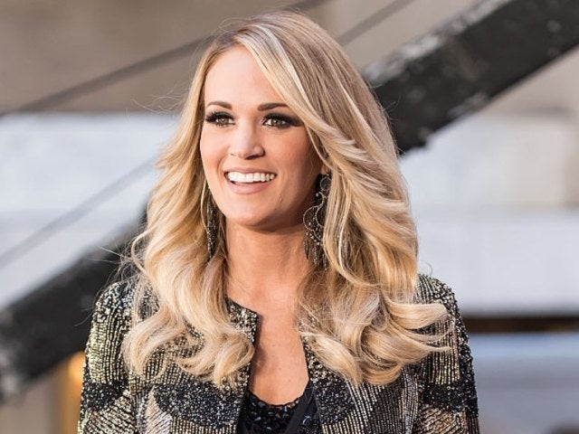 Carrie Underwood Reveals Her 'Fictional Crush' in HBO Max's Fun 'Tiny Mic' Video