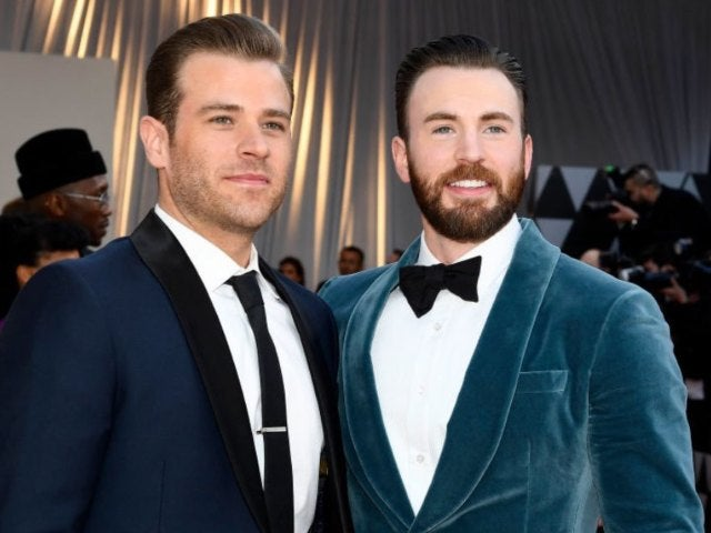 Chris Evans' Brother Scott Scares Him Senseless in Hilarious Instagram Prank