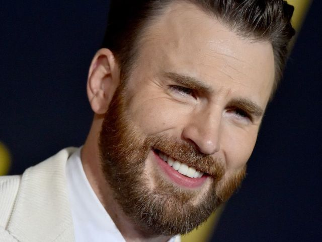 Chris Evans' Response to Fans Following 'Captain America' Reported Return Sparks Hilarious Memes