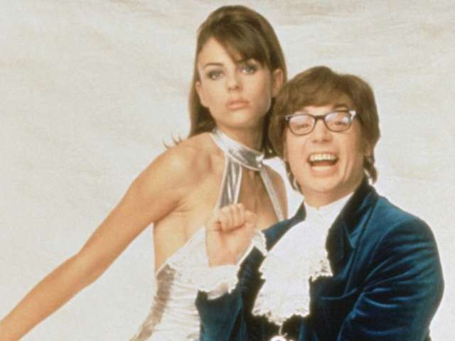 Elizabeth Hurley: 7 Stunning Photos From the 1997 'Austin Powers' Premiere