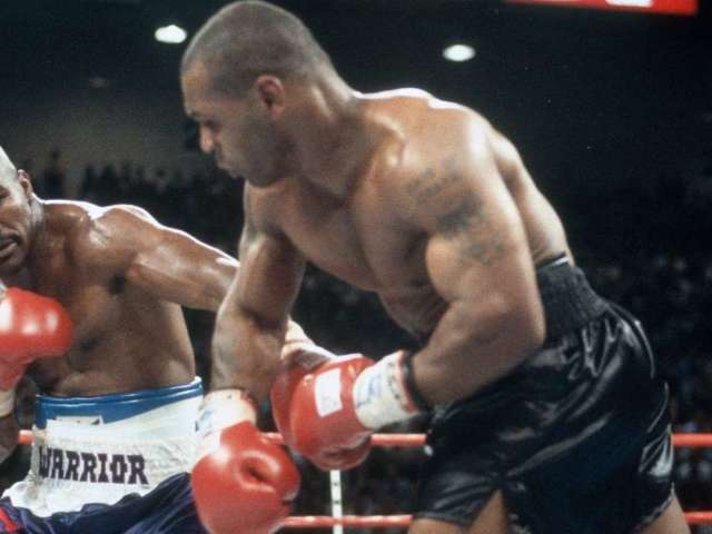 Evander Holyfield Issues Challenge to Mike Tyson: 'Sign the Contract and Get in the Ring'