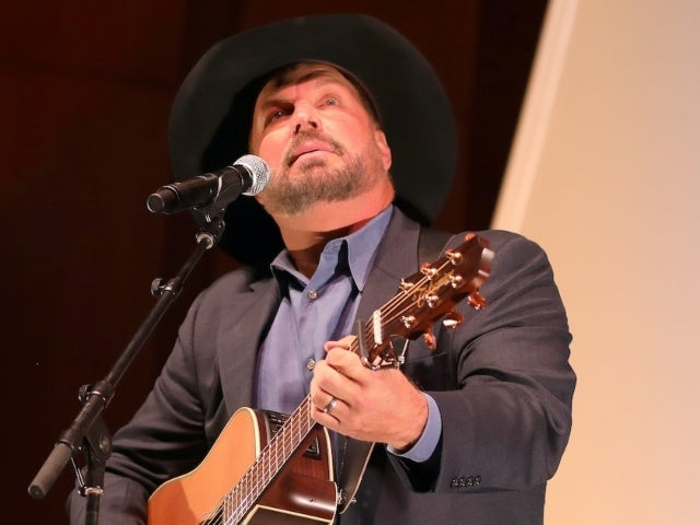 Garth Brooks Tears up, Restarts Performance of 'Belleau Wood' During CBS Holiday Special