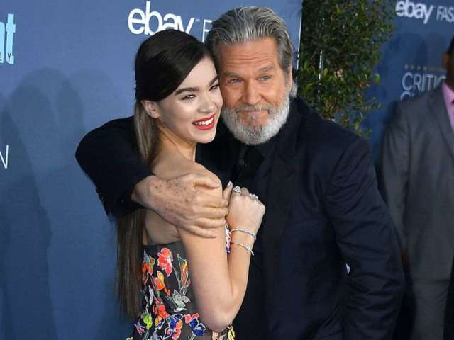 Hailee Steinfeld Wishes 'True Grit' Co-Star Jeff Bridges Happy Birthday as He Undergoes Cancer Treatment