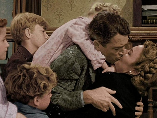 'It's a Wonderful Life': How to Watch the Christmas Classic in Color This Season