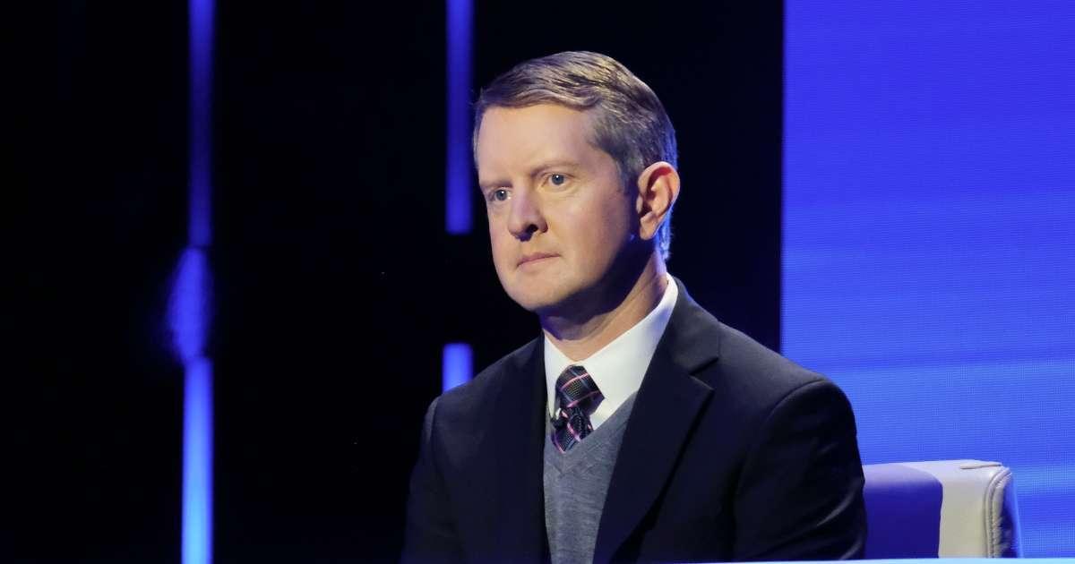 Jeopardy star Ken Jennings apologizes tweets jokes