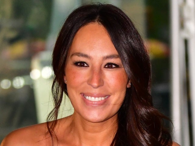 Joanna Gaines Flies 'Into 2021' With Gal Gadot in 'Wonder Woman 1984'