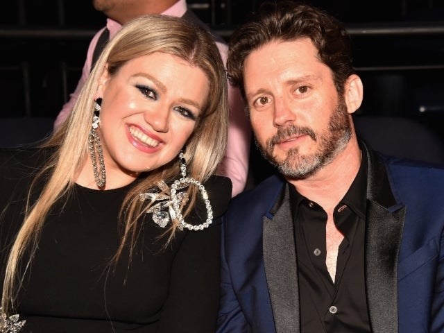 Kelly Clarkson Fans Can't Believe Brandon Blackstock's Massive Monthly Support Demands