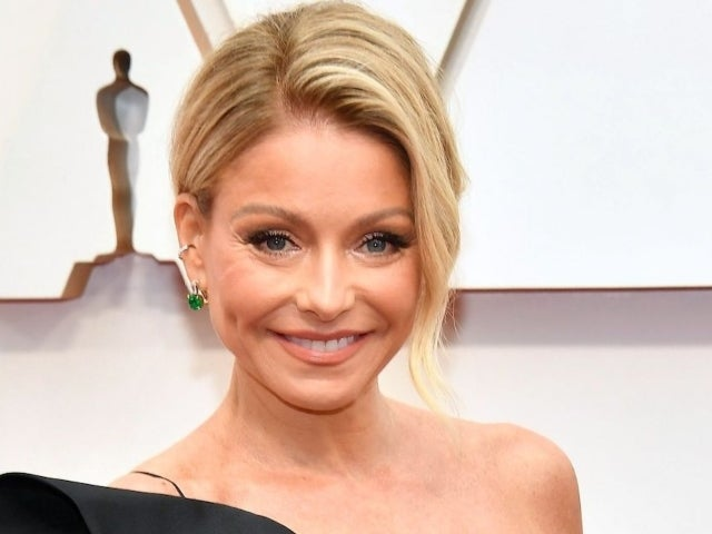 Kelly Ripa Sends Strong Message to 2020 Alongside 'Riverdale' Throwback