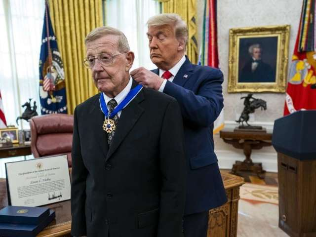 Lou Holtz Says Donald Trump Is the 'Greatest President During My Lifetime' After Receiving Medal of Freedom