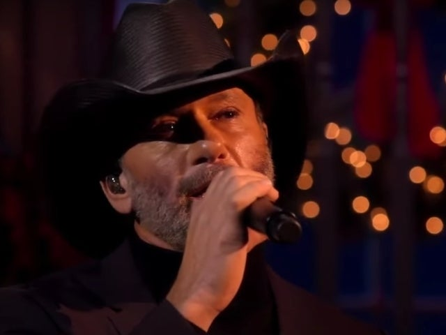 Tim McGraw Performs 'It Wasn't His Child' on 'CMA Country Christmas'