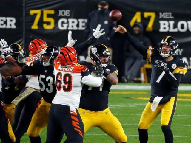 'Monday Night Football': How to Watch Steelers vs. Bengals