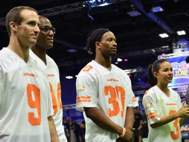 NFL: Fans Have Jokes About Nickelodeon Wild Card Game, Virtual Slime