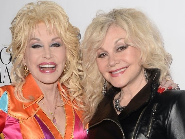 Stella Parton, Singer and Sister of Dolly Parton, Criticizes Politicians in Rant About COVID-19 Vaccine Rollout