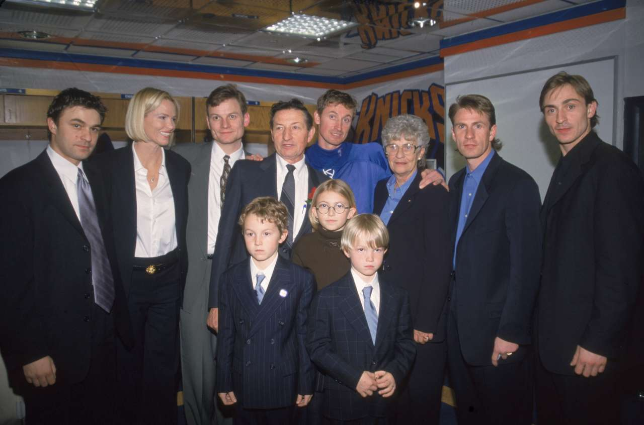 Paulina Gretzky 1999 photo
