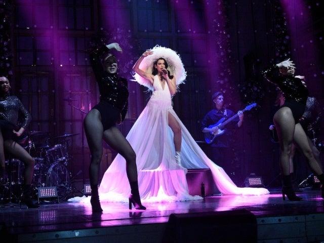 'SNL': Dua Lipa's 'Jellyfish Hat' Catches Twitter's Attention