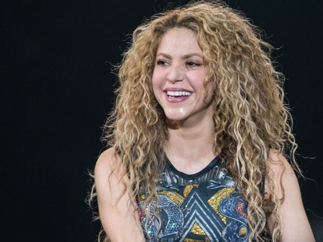 Shakira Goes All out With Bright Pink Hair in New Photo