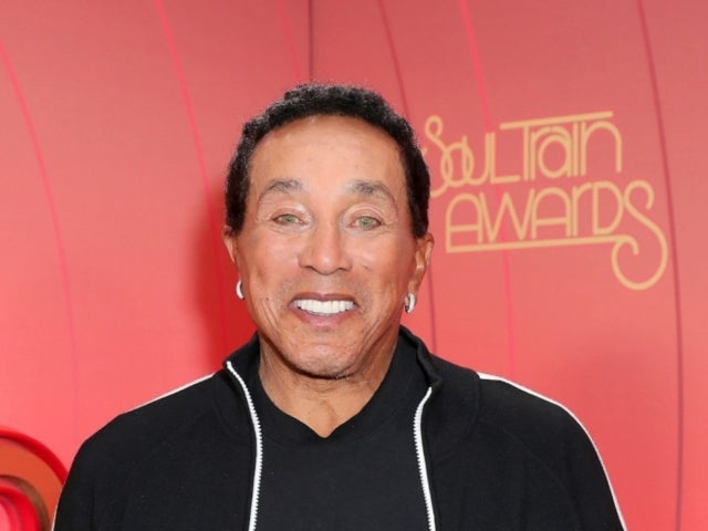 Smokey Robinson Mispronouncing 'Chanukah' Sparks Hilarious Reactions and a Very Special Ending