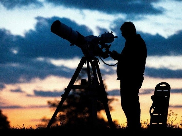 The 'Great Conjunction' of Jupiter and Saturn: How to Watch Monday