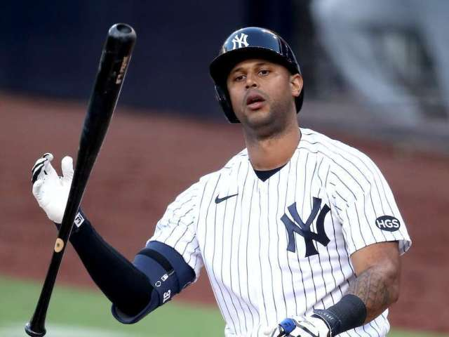 Yankees' Aaron Hicks Golfs With Tiger Woods' Niece, Makes Hole-in-One