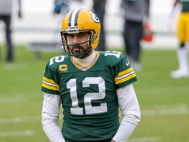 Aaron Rodgers Sets Record Straight on 'Uncertain' Future Comment, Says There's No Reason 'I Wouldn't Be Back'