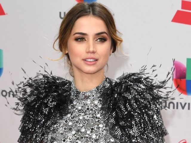 Ana de Armas Cutout Tossed in Garbage Outside Ben Affleck's Home After Breakup