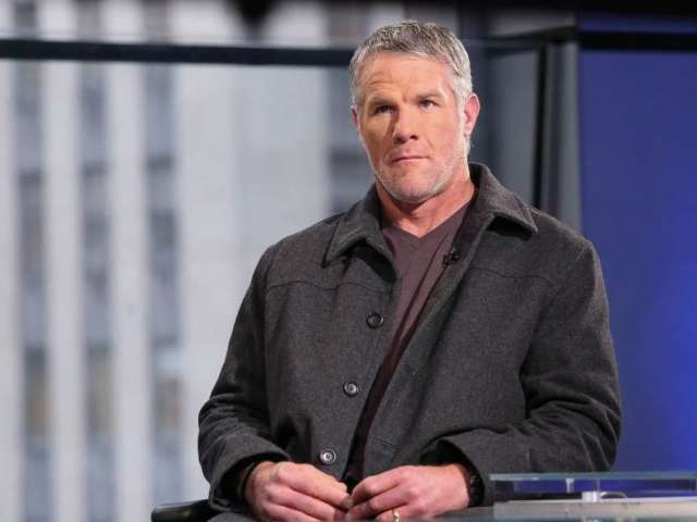 Brett Favre's Daughter Brittany Helping Friends and Fans Get Through 'Dry January'