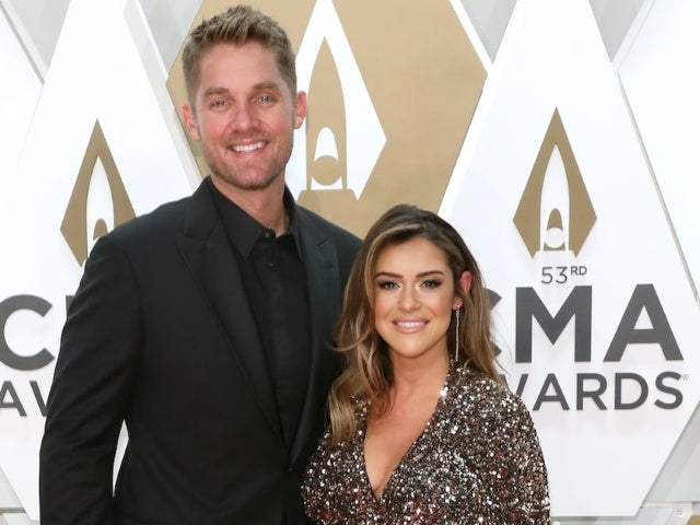 Brett Young Reveals Sex of Baby No. 2 on 'The Kelly Clarkson Show'