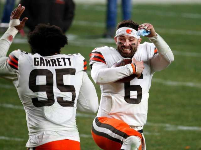 Browns Win First Playoff Game in 26 Years, and NFL Fans Are Stunned