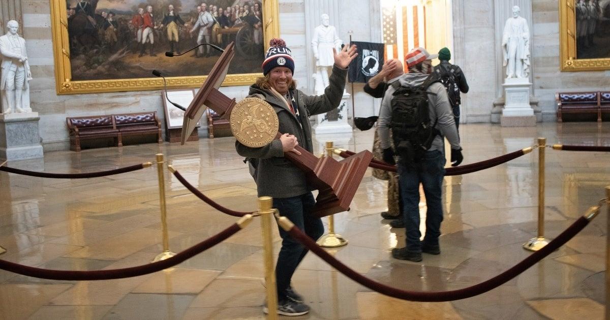 capitol podium thief getty images