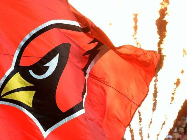 Cardinals Using State Farm Stadium as COVID-19 Vaccination Site